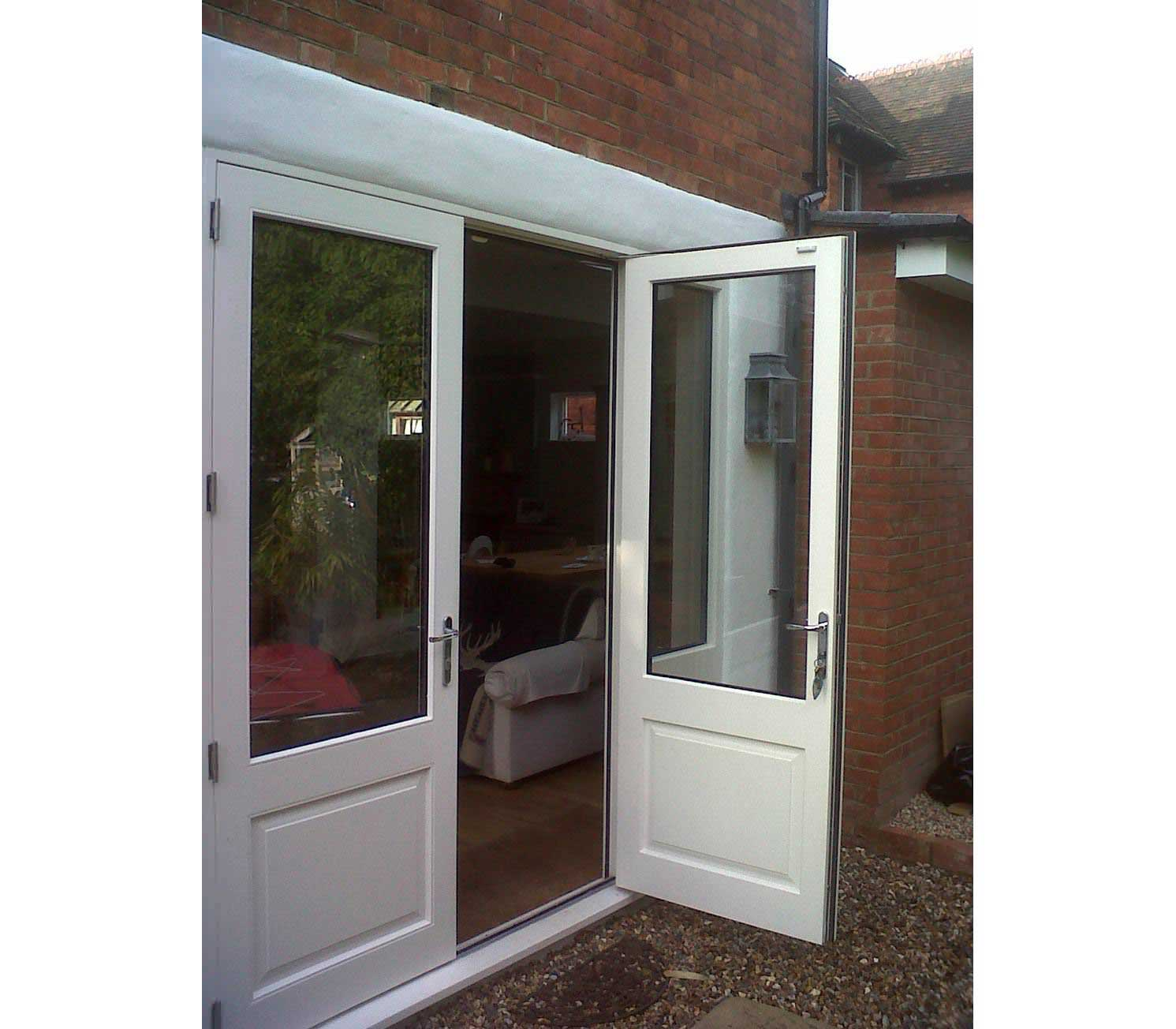 Patio doors folding sliding patio doors bifold doors uk for Non sliding patio doors
