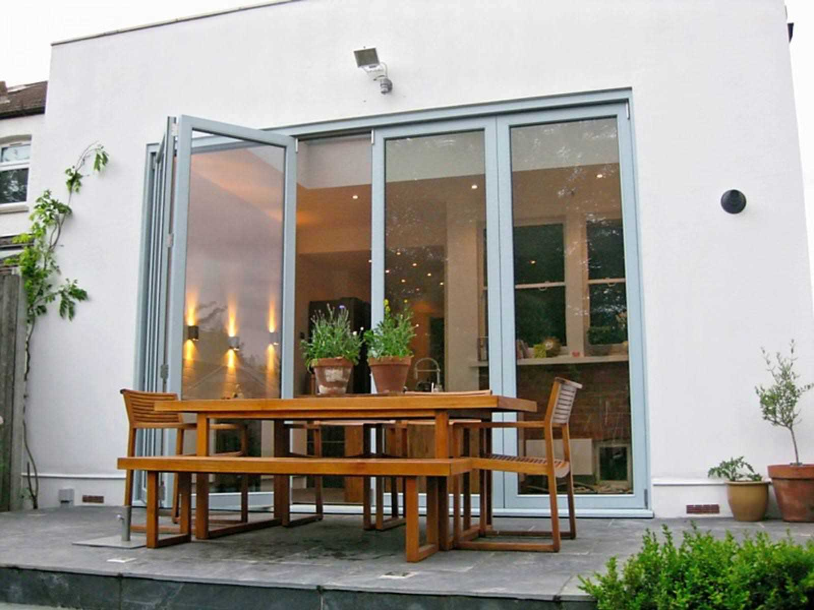 Bifold doors uk premium aluminium hardwood bi folding for Patio doors for sale
